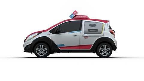 Xe giao Pizza Domino đầu tiên trên thế giới được đặc chế, có giá khoảng 20.000 USD/chiếc