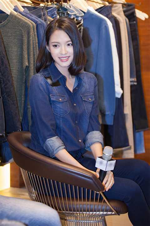 Trương Tử Lâm tiết lộ cô đang tham khảo một số kịch bản đóng phim, với mong muốn tham gia một tác phẩm phù hợp.