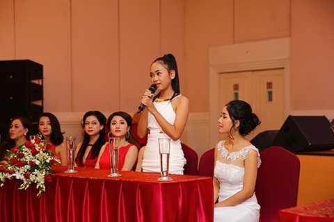 Trong số các thí sinh của top 14, báo giới đặc biệt quan tâm đến thí sinh nhỏ tuổi nhất Trần Thiên Vũ – Á quân của cuộc thi Giọng hát Việt nhí mà khán giả vẫn biết đến với tên gọi Thiên Nhâm.