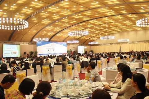 Khách hàng tham dự Hội thảo tại Trung tâm Hội nghị Quốc gia