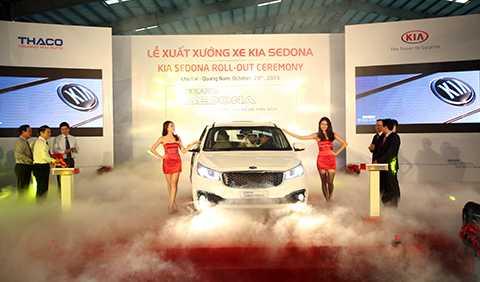 Ngày 29/10, tại Khu phức hợp sản xuất và lắp ráp ô tô Chu Lai-Trường Hải (Quảng Nam), Công ty THACO chính thức Xuất xưởng dòng xe du lịch KIA Sedona (CKD) ra thị trường.