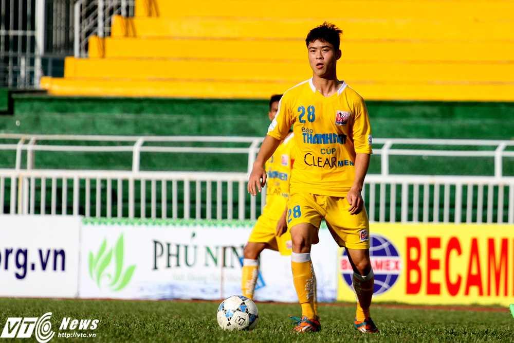 Đỗ Duy Mạnh trở lại giúp U21 Hà Nội T&T tự tin khi bước vào trận bán kết với chủ nhà U21 TP.HCM (Ảnh: Hoàng Tùng)