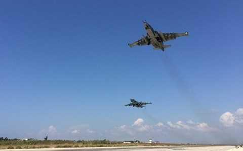 Máy bay Nga không kích phiến quân khủng bố tại Syria