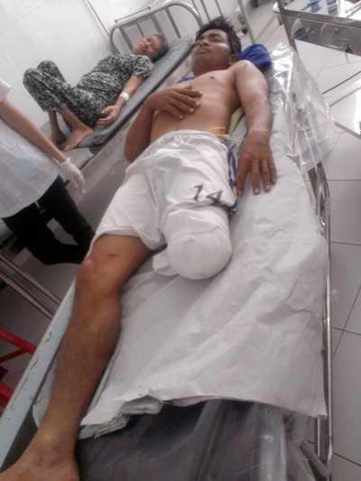 Bệnh nhân Hồ Văn Ở đang được điều trị tại Bệnh viện Đa khoa Tân Hưng