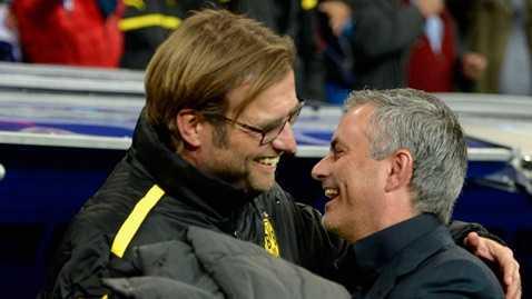 Mourinho và Jurgen Klopp tỏ ra rất thân thiết