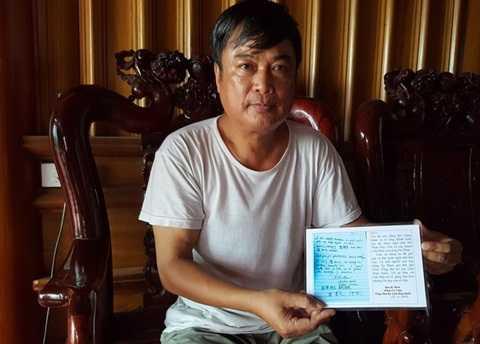 Ông Phan Huy Thành, Trưởng chi 2, dòng họ Phan Huy cùng bút tích của ông Ban Ki-moon