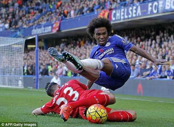 Chelsea khó thăng hoa khi Liverpool đá kỷ luật, pressing khắp mặt sân