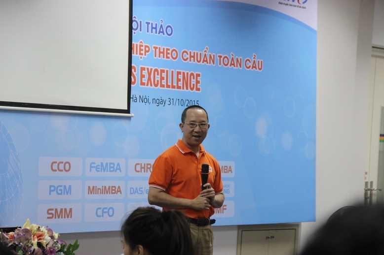 Ông Hà Nguyên phát biểu tại hội thảo.
