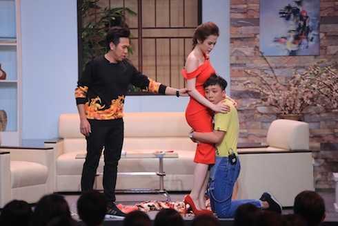 Angela Phương Trinh và Trấn Thành nhập vai khiến khán giả vô cùng xúc động.