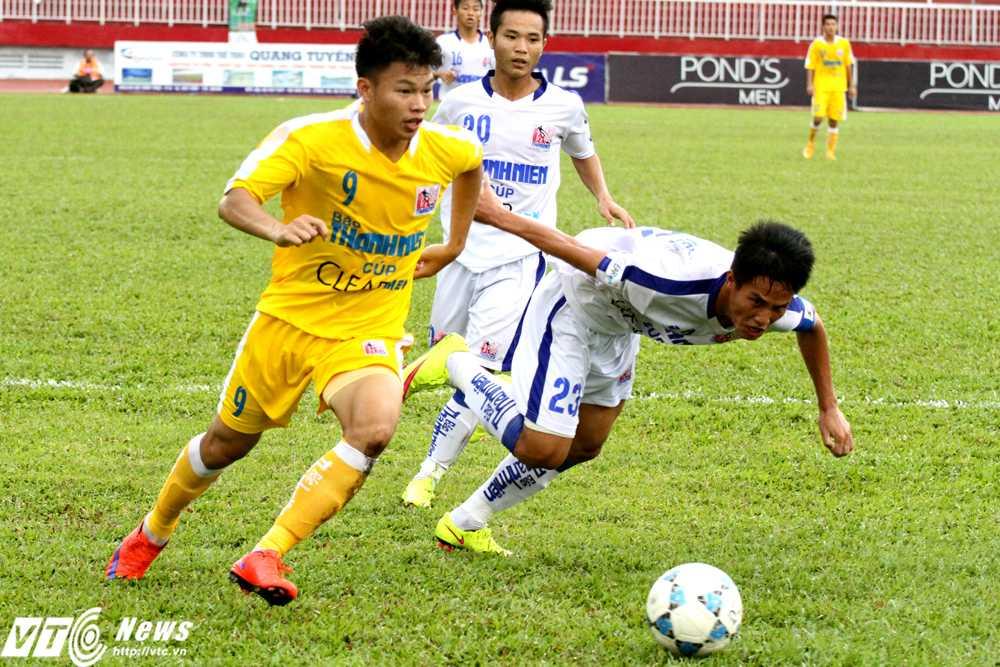 U21 An Giang không thể ngược dòng trước kinh nghiệm dày dặn của U21 Hà Nội T&T (Ảnh: Hoàng Tùng)