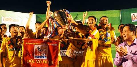 U21 Hà Nội T&T giành chức vô địch đầy thuyết phục (Ảnh: Quang Minh)