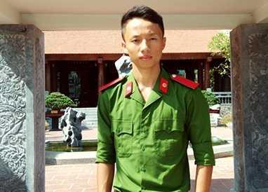 Chàng trai mơ ước trở thành chiến sỹ công an từ bé.