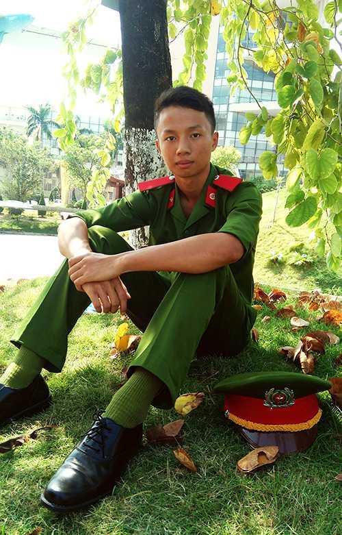 Nam sinh mơ ước trở thành người chiến sĩ công an được mọi người yêu quý và tin tưởng.