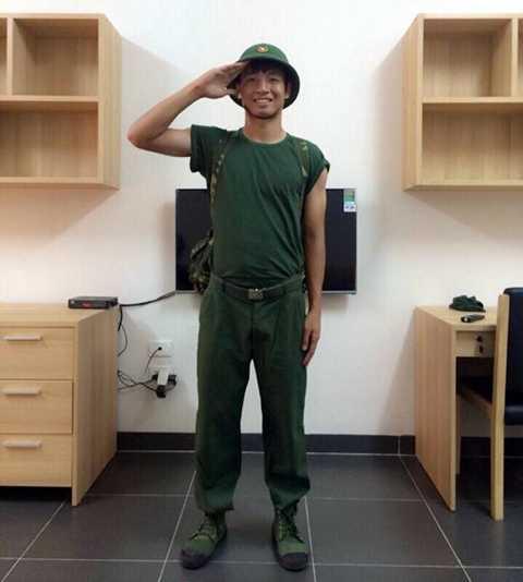 Bùi Tiễn Dũng chính thức trở thành lính