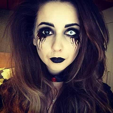 Khiến ai cũng phải kinh sợ, Zoella đã hoàn thành nhiệm vụ tại mùa Halloween trước.