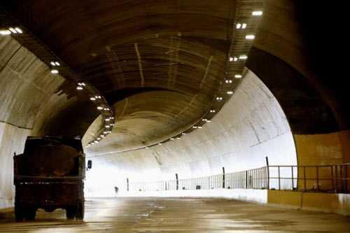 Bộ trưởng Đinh La Thăng: Dự án Quốc lộ 1 và Quốc lộ 14 dư hơn 14.000 tỷ đồng