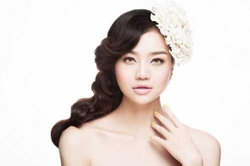 Kiều Ngân là một người mẫu từng tham gia nhiều đấu trường nhan sắc ở Việt Nam