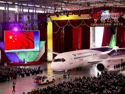 Đây là chiếc máy bay thương mại cỡ lớn đầu tiên được sản xuất tại Trung Quốc