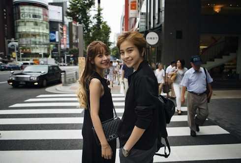 Cả hai có nhiều chuyến công tác, du lịch nước ngoài cùng nhau.