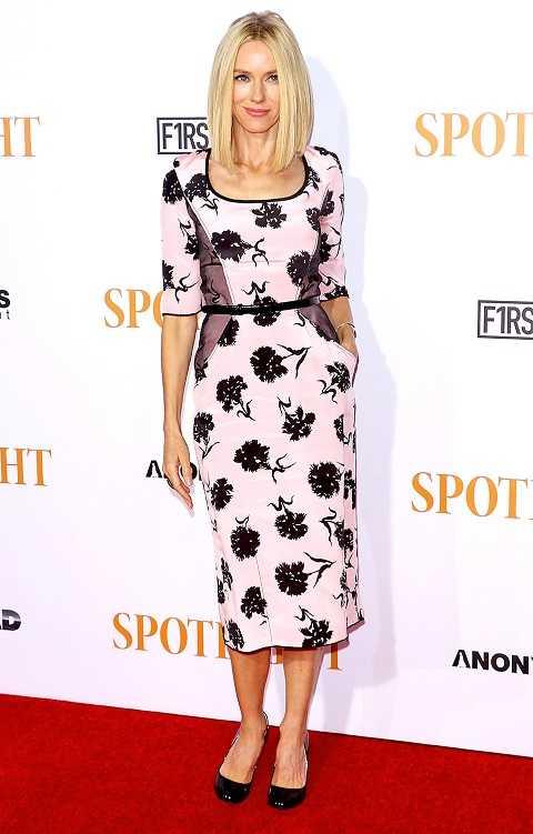 Naomi Watts xuất hiện tại buổi ra mắt phim