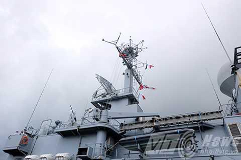Tuần dương hạm Hải quân Pháp-Vendemiaire mang số hiệu F734 là 1 trong 6 tàu tuần dương hạng nặng của Pháp với những tính năng tối tân của hạm tuần dương