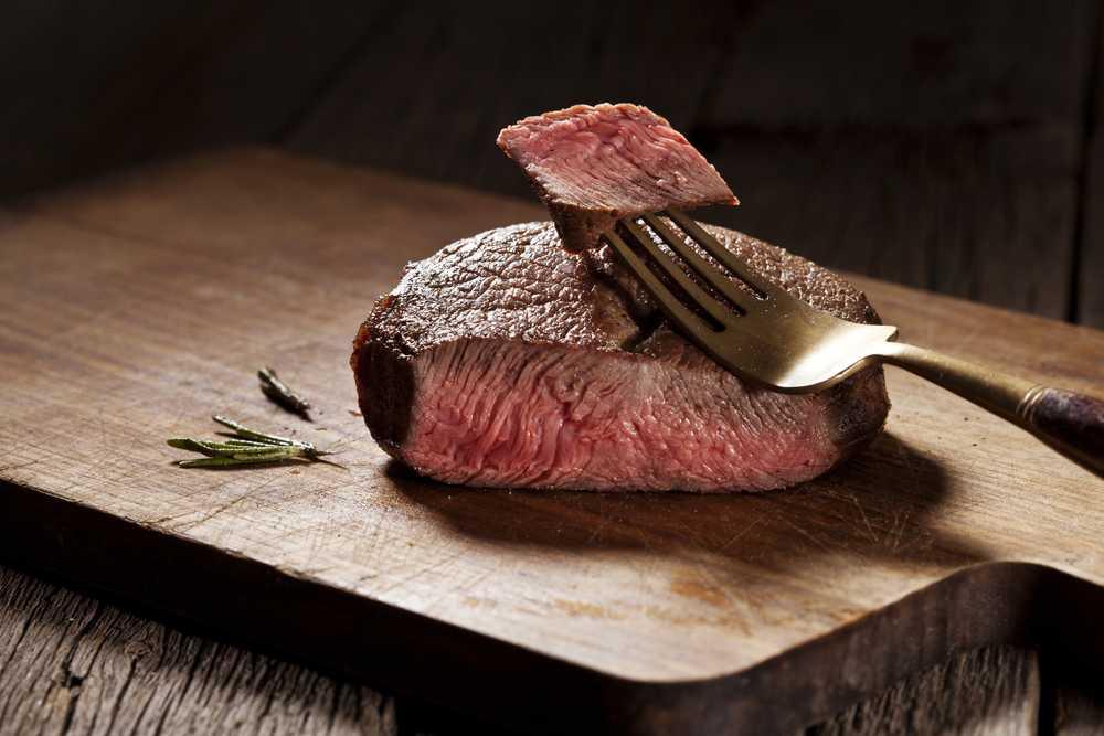 Hầu hết thịt bò đều chứa thuốc kháng sinh.