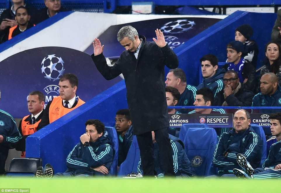 Mourinho cảm ơn người hâm mộ Chelsea