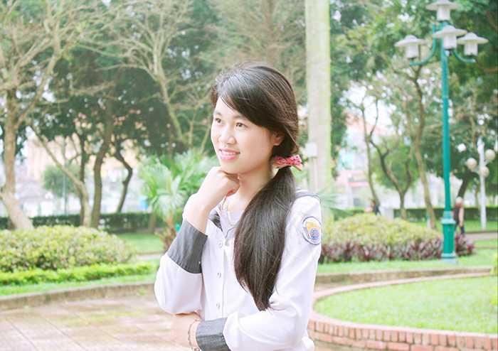 Trần Thị Ngân - nữ thủ khoa Học viện Cảnh sát Nhân dân là cựu học sinh trường THPT Chuyên Lê Hồng Phong (Nam Định)