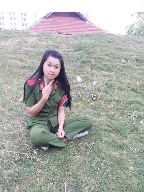 Nữ thủ khoa mơ ước trở thành chiến sỹ cảnh sát tài năng, nhiệt huyết.