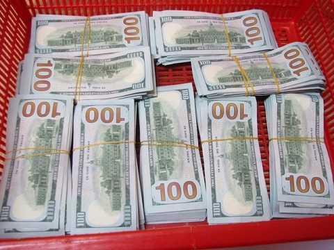Số tiền thu được quy đổi gần 2 tỷ đồng VND