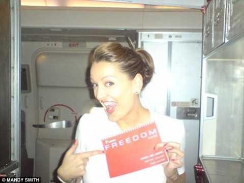 Những bệnh nhân trên máy bay khiến các tiếp viên phải đau đầu