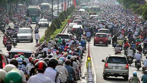 Để chuyển sang sử dụng ô tô, Việt Nam sẽ phải giải quyết bài toán về hạ tầng và thói quen đi lại.