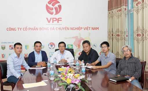 VPF rốt ráo ký hợp đồng bảo hiểm cho cầu thủ và trọng tài tại Việt Nam