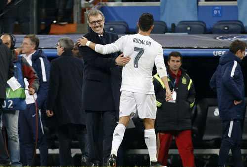 Ronaldo không cần tiền, cái anh cần là duy trì đam mê chơi bóng