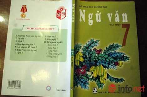 Cuốn sách Ngữ Văn lớp 7 do Nhà xuất bản Giáo dục Việt Nam phát hành