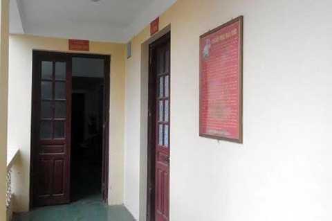 Các phòng ban của UBND huyện Hà Trung bị cạy cửa trộm tiền