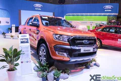 Ford Ranger tăng tốc mạnh mẽ trong tháng 10/2015