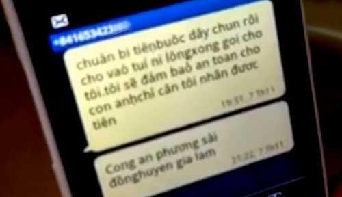 Tin nhắn từ số điện thoại lạ yêu cầu gia đình anh T chuẩn bị tiền để đảm bảo an toàn cho con.