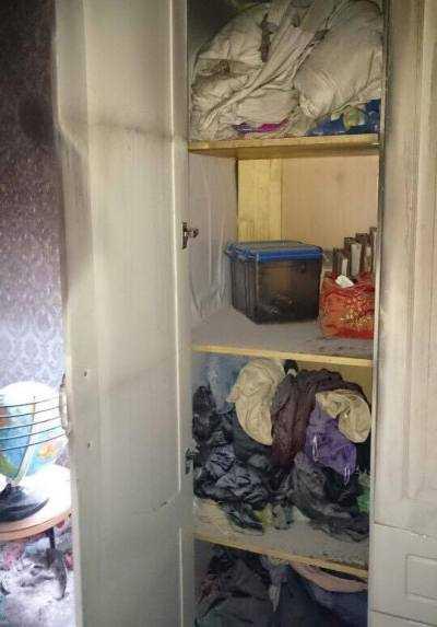 Nhiều đồ đạc trong gia đình bị đốt cháy