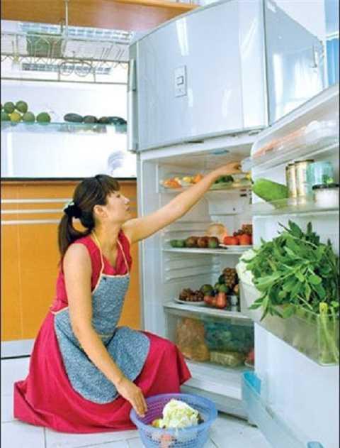 tủ lạnh sáng màu sẽ giúp tiết kiệm điện nhiều hơn