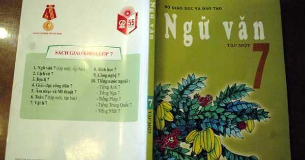 Cuốn sách Ngữ Văn lớp 7 do Nhà xuất bản Giáo dục Việt Nam phát hành.  Ảnh: Infonet.