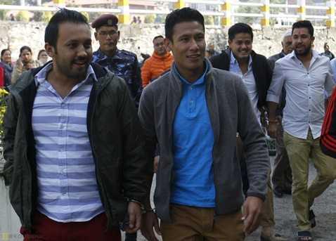 Theo luật 1989, cầu thủ Nepal bán độ bị khép vào tội phản quốc