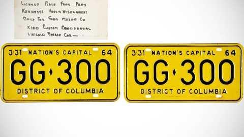 Tấm biển số của chiếc xe limo mui trần chở cố Tổng thống Kennedy lúc bị ám sát