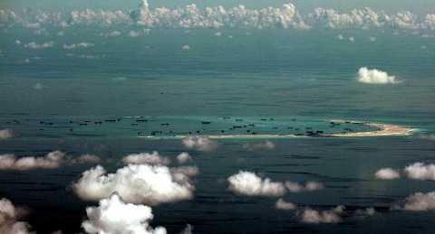 Trung Quốc xây dựng trái phép đảo nhân tạo ở quần đảo Trường Sa của Việt Nam