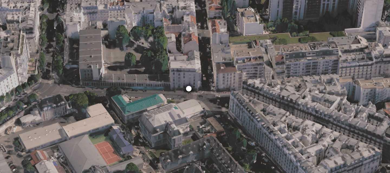 Nhà hàngLe Petit Combodge nằm trên phố Alibert