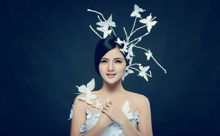 Hot girl Lê Song Ngân hiện là nhân viên văn phòng – công ty VTC Intecom. Cô bạn sinh năm 1993, đến từ Thường Tín - Hà Tây cũ.