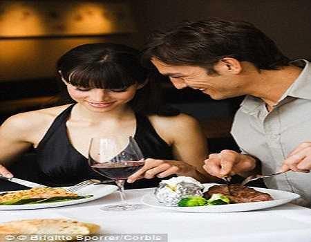 Phụ nữ bị hấp dẫn trước đàn ông hay ăn tỏi
