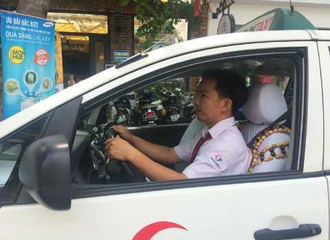 Tài xế taxi luôn phải đối diện với nhiều nguy hiểm. Ảnh: Thanh Huyền