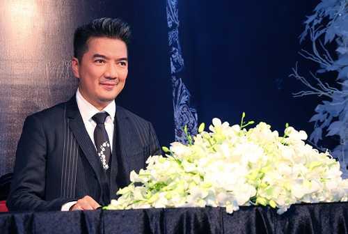 Đàm Vĩnh Hưng lần đầu được vinh danh ở một giải thưởng quốc tế do Hàn Quốc tổ chức.