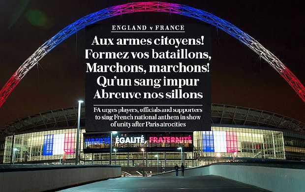 Sân Wembley thể hiện sự đoàn kết với người dân Pháp